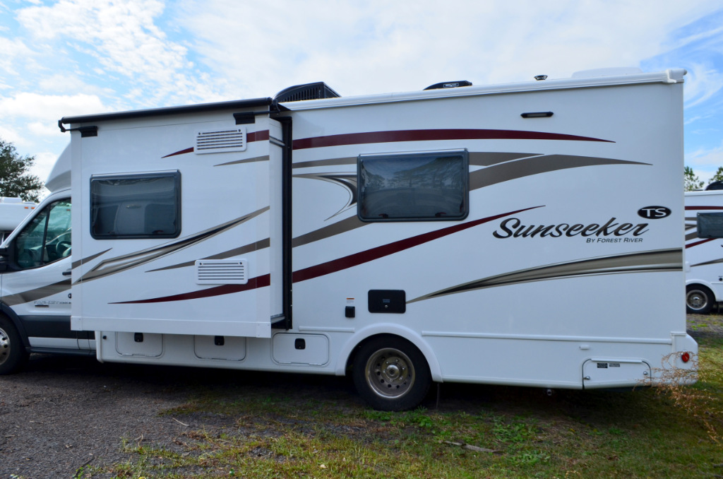 New 2017 Forest River Rv Sunseeker Ts 2370ft Motor Home