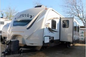 Used 2016 CrossRoads RV Hill Country HCT33FR Photo
