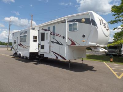Heartland Cyclone Toy Hauler Fifth Wheels For Sale in