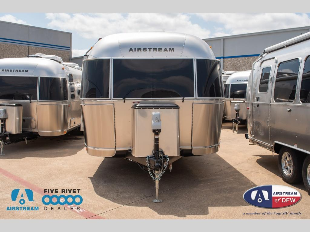 New 2020 Airstream RV Globetrotter 25FB Travel Trailer at