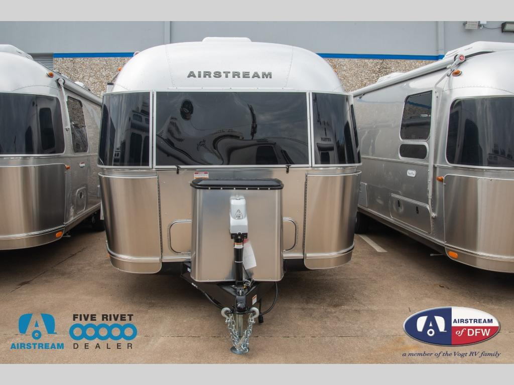 New 2020 Airstream RV Globetrotter 27FB Travel Trailer at