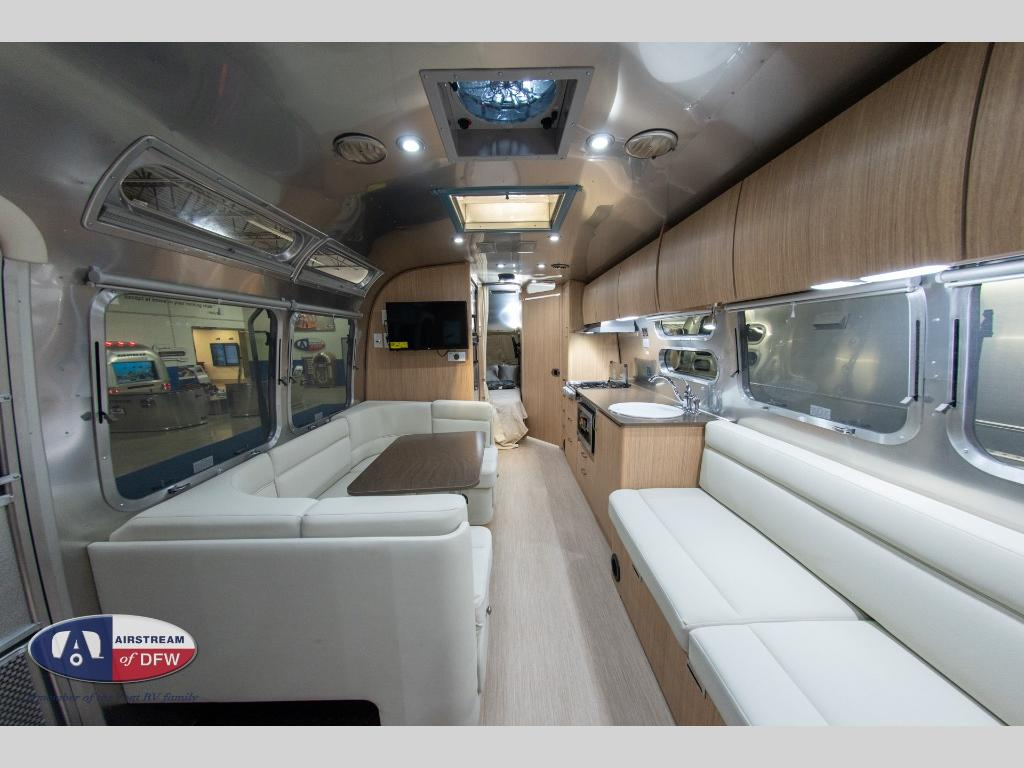 New 2020 Airstream Rv Flying Cloud 30fb Bunk Travel