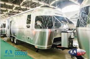 New 2019 Airstream RV Flying Cloud 25FB Photo