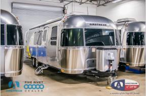 New 2019 Airstream RV Flying Cloud 30FB Bunk Photo
