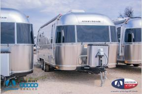 New 2019 Airstream RV Flying Cloud 25FB Twin Photo