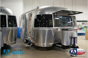 New 2019 Airstream RV Flying Cloud 19CB Photo