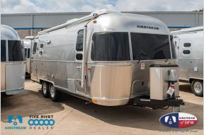 New 2019 Airstream RV International Signature 25FB Twin Photo