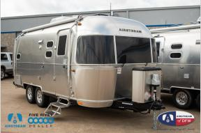 New 2019 Airstream RV Flying Cloud 23CB Bunk Photo