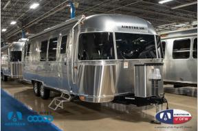 New 2019 Airstream RV Flying Cloud 28RB Photo