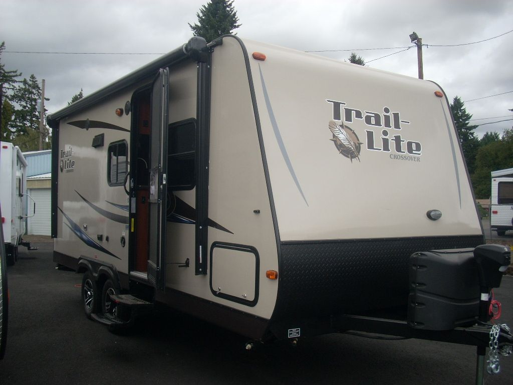 R Vision Trail Lite Crossover Travel Trailer