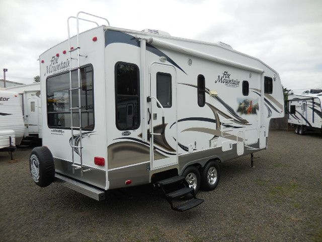 Used 2011 Northwood Fox Mountain 235rls Fifth Wheel At Al