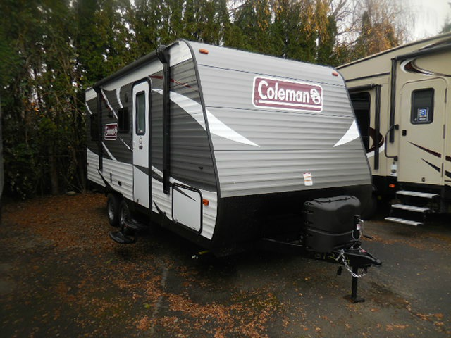 New 2017 Dutchmen Rv Coleman Lantern Series 244bhwe Travel