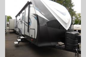 New 2018 Dutchmen RV Aerolite Luxury Class 213RBSL Photo