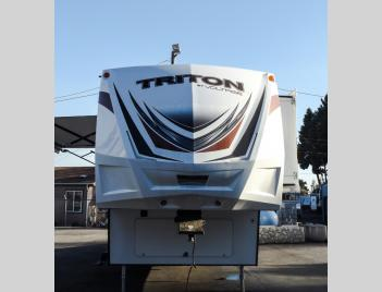 Used 2016 Dutchmen RV Triton 2951 Photo