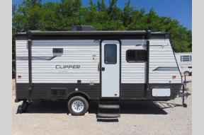 New 2020 Coachmen RV Clipper Cadet 17CFQ Photo