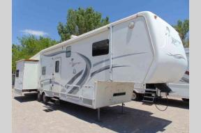 Used 2001 Thor Mirage 3500 RL Photo