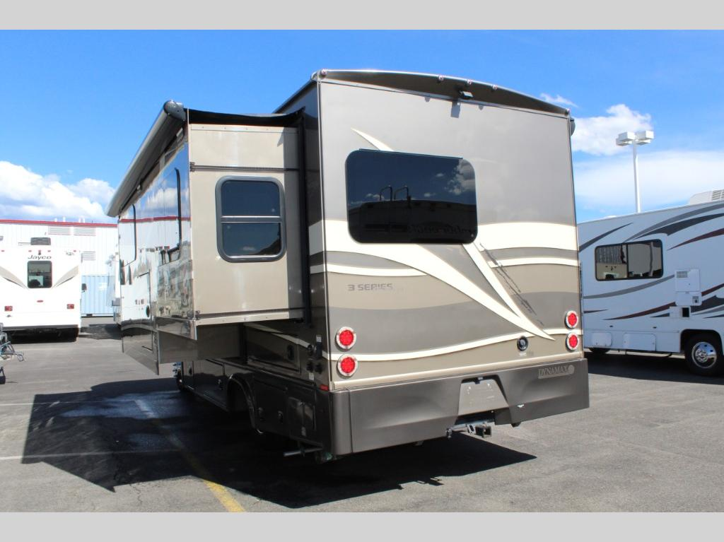 Used 2016 Dynamax isata 3 24FW Motor Home Class C - Diesel at