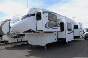 Used 2011 Keystone RV Montana 3750 FL Photo