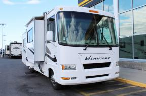 Used 2007 Four Winds RV Hurricane 31D Photo