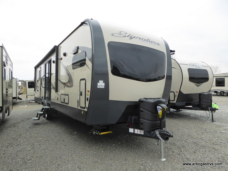 Dayton Rv Show 2020.New 2020 Forest River Rv Rockwood Signature Ultra Lite 8335bss Travel Trailer