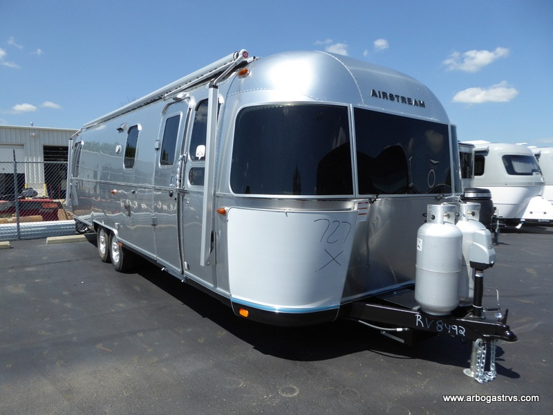 New 2019 Airstream RV Classic 30RB Travel Trailer at
