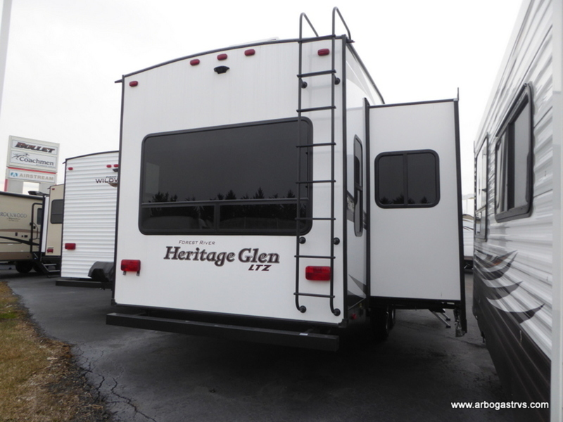 New 2018 Forest River RV Wildwood Heritage Glen 286RL Fifth
