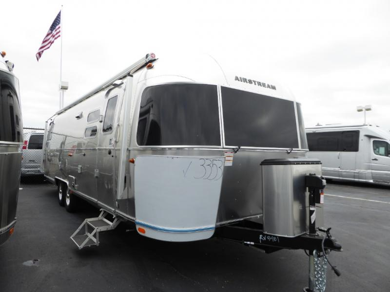 New 2020 Airstream RV Globetrotter 30RB