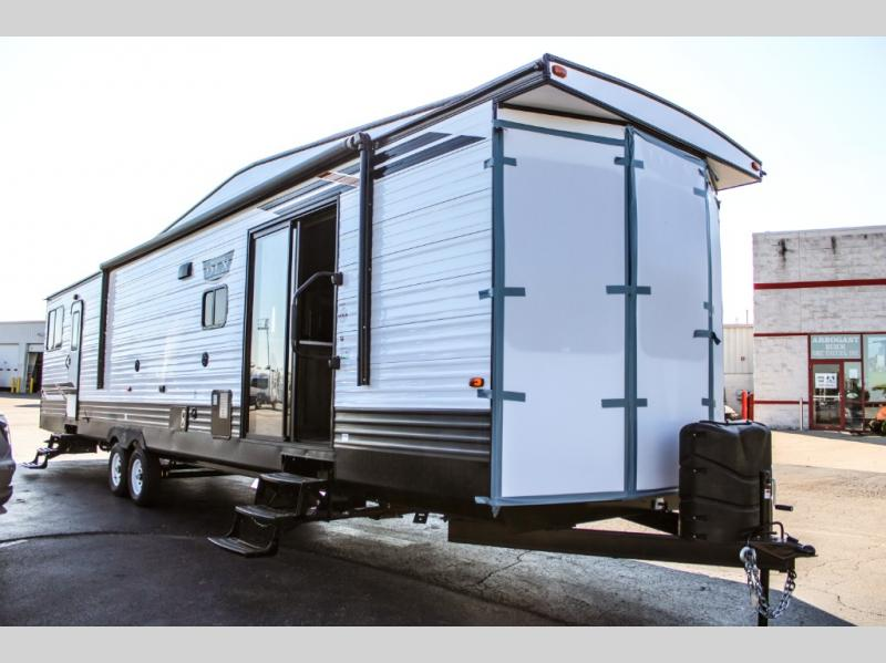 New 2021 Forest River RV Wildwood DLX 40FDEN