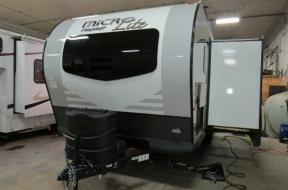 New 2019 Forest River RV Flagstaff Micro Lite 25BDS Photo