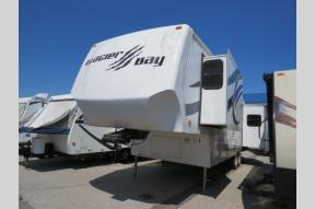 Used 2010 NORTH AMERICAN TRAVELER GLACIER BAY 349CK Photo