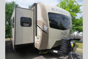 New 2019 Forest River RV Rockwood Signature Ultra Lite 8324BS Photo