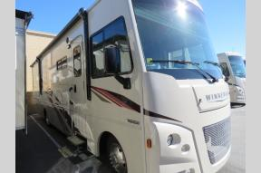 New 2019 Winnebago Vista 32YE Photo