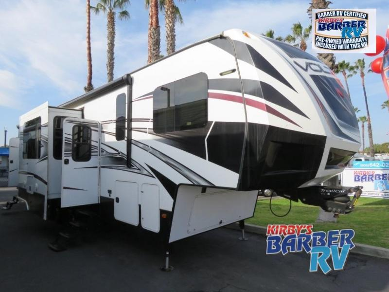 2015 Dutchmen RV Voltage V3895