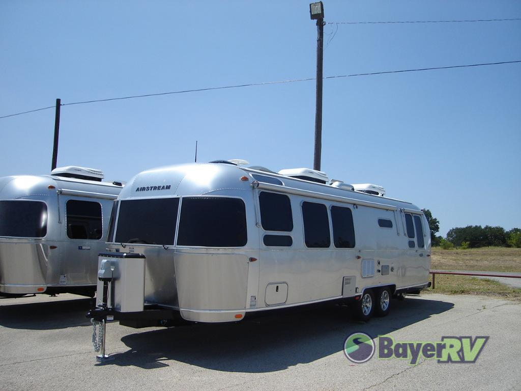 Airstream Travel Trailer >> New 2019 Airstream Rv Flying Cloud 30rb Travel Trailer Rear Bedroom Queen Bed