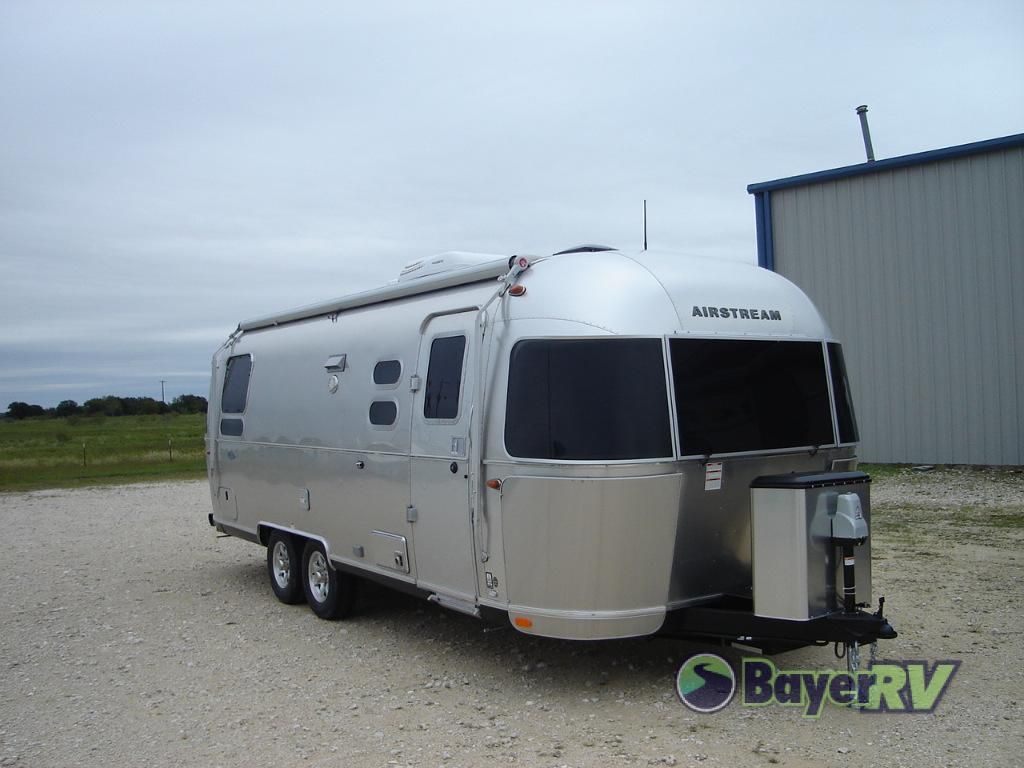Airstream Travel Trailer >> New 2019 Airstream Rv Flying Cloud 25 Twin Travel Trailer At Bayer