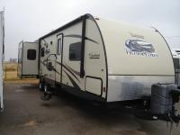 R1102 Used 2014 Coachmen Freedom Express 298REDS TT