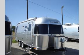 New 2019 Airstream RV Flying Cloud 23CB Photo