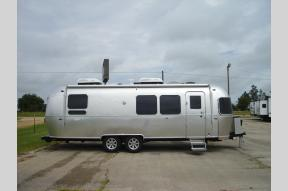New 2021 Airstream RV Flying Cloud 28RB Photo