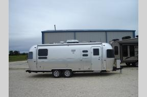 New 2019 Airstream RV Flying Cloud 25 Twin Photo