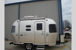 New 2020 Airstream RV Caravel 16RB Photo