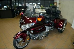 Used 2006 GOLD WING TRIKE 1800CC Photo