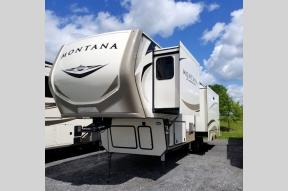 New 2019 Keystone RV Montana 3121RL Photo