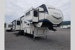 New 2021 Keystone RV Montana 3781RL Photo