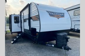 Used 2020 Forest River RV Wildwood 32BHT Photo
