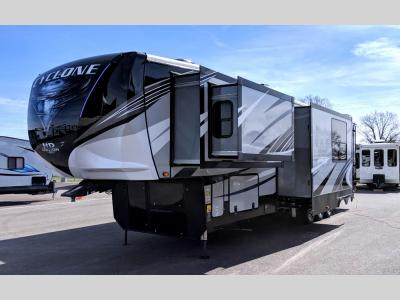 Toy Hauler Fifth Wheels For Sale In London Kentucky | Toy