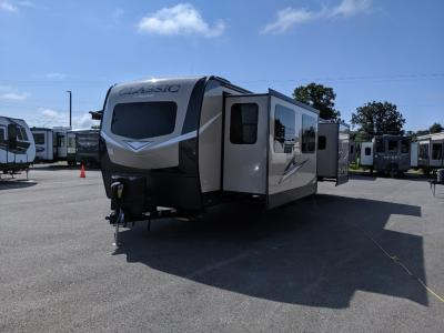 Flagstaff Travel Trailers For Sale | Wholesale Flagstaff RV