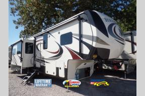 New 2018 Redwood RV Redwood 3401RL Photo
