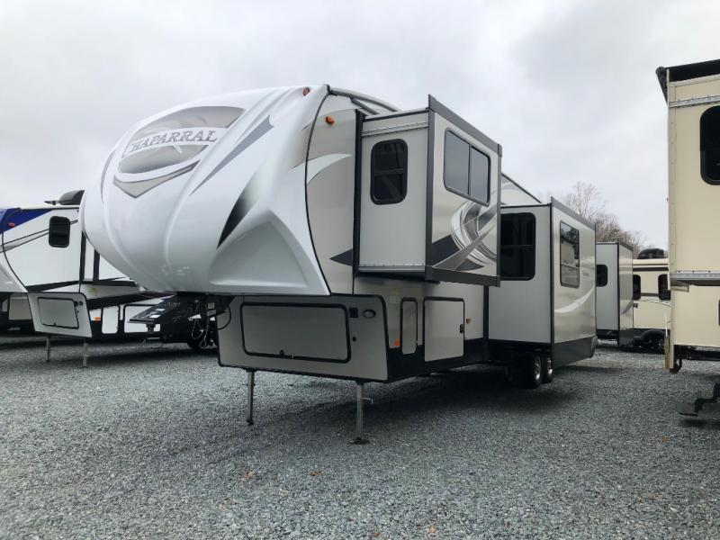 New 2019 Coachmen Rv Chaparral 370fl Fifth Wheel At Bill