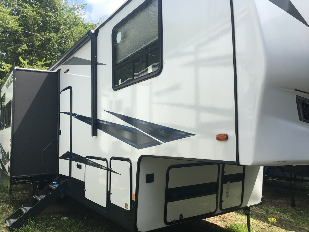 Toy Haulers for Sale in North Carolina | Bill Plemmons RV