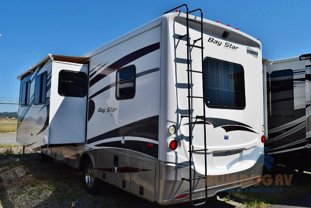 Used 2013 Newmar Bay Star 2901 Motor Home Class A For Sale